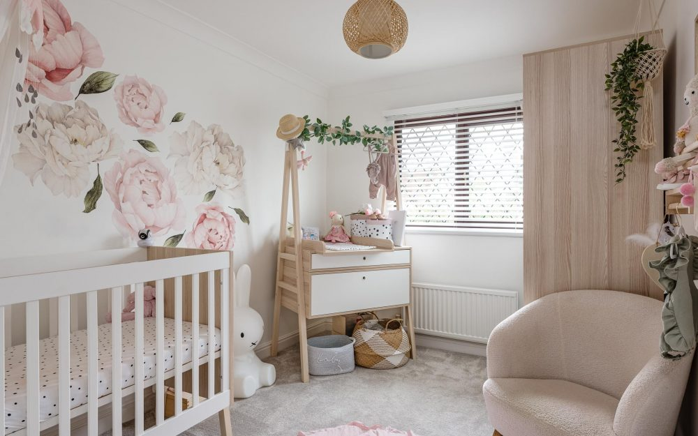 Pink and white cot room